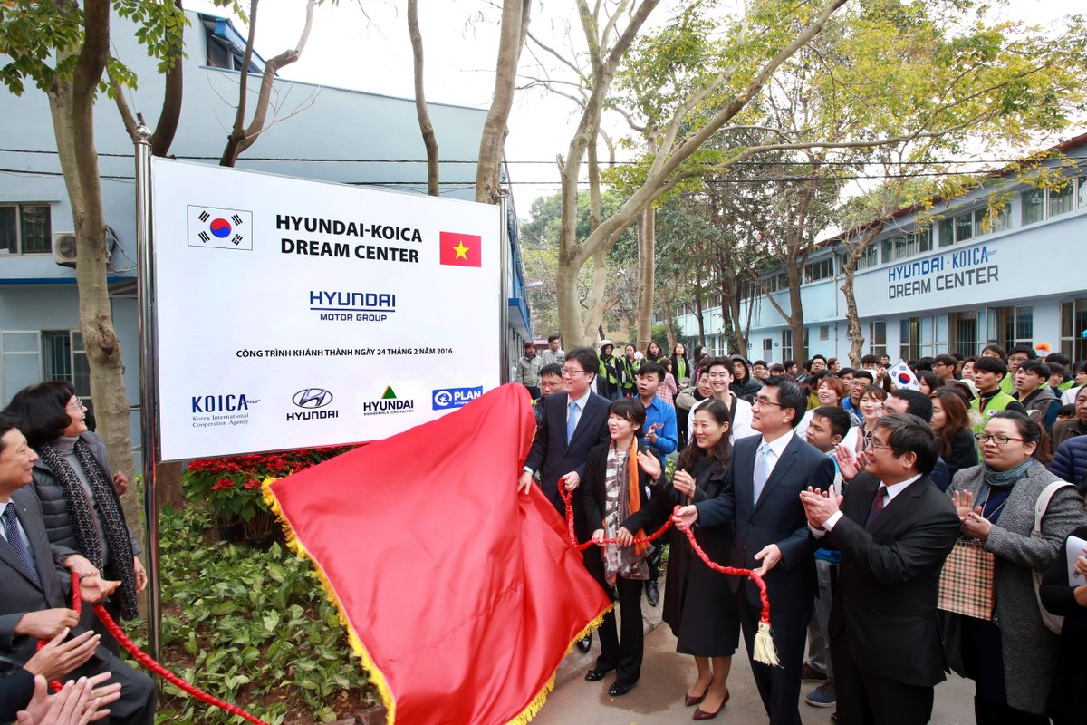 rok to provide us 515 million to vietnam and developing countries