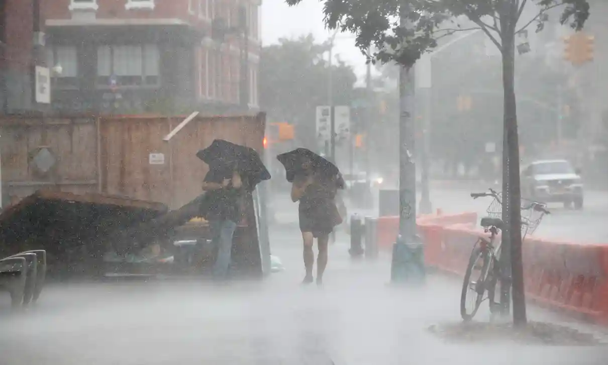 us and canada weather forecast august 5 tropical storm isaias ravages us east coast killing at least four