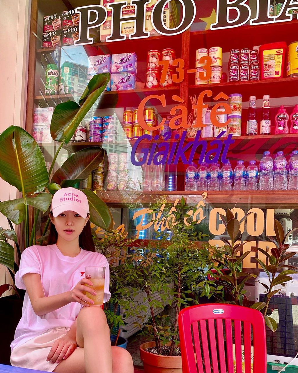vietnamese street styled eatery preferred in south korea