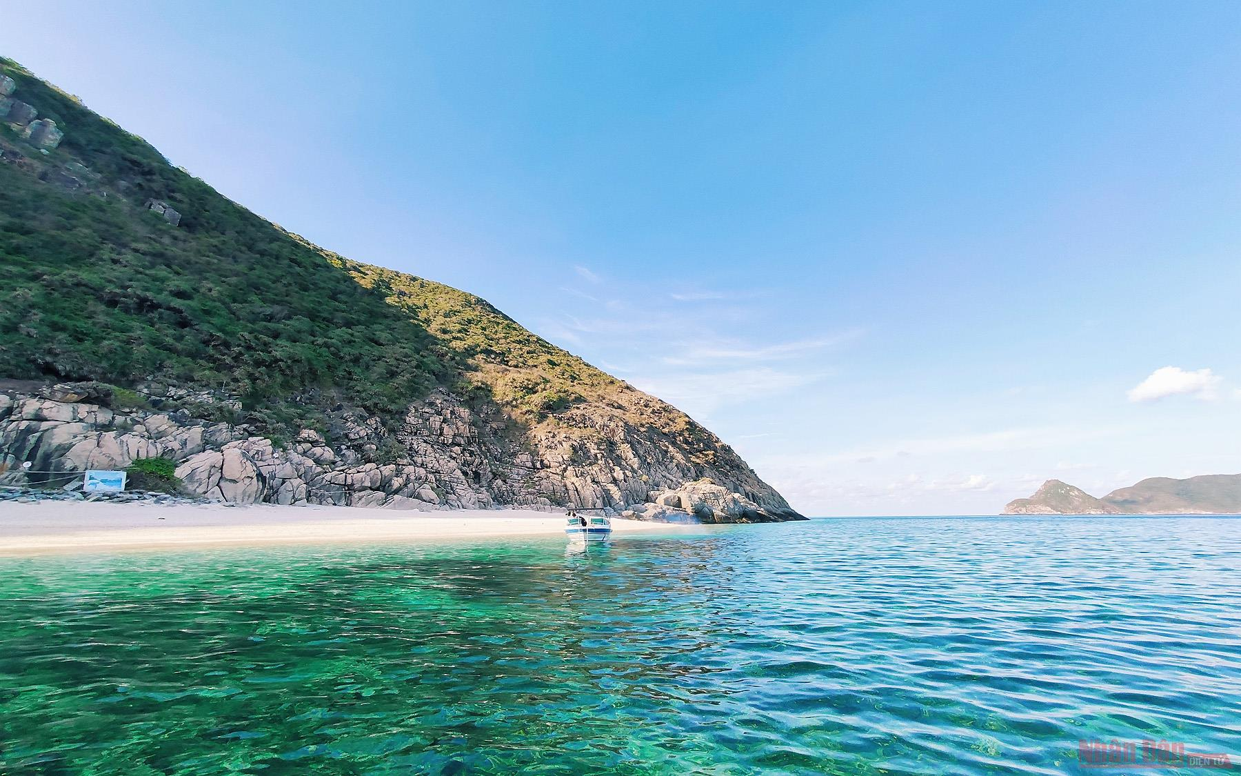 con dao a secluded paradise boasting peaceful allure