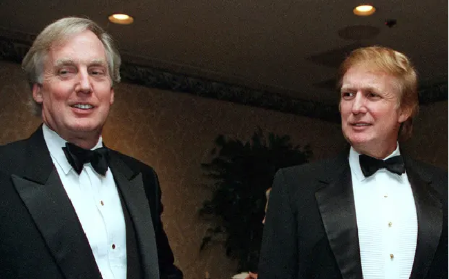 donald trumps brother died at the age of 71 cause of death undisclosed