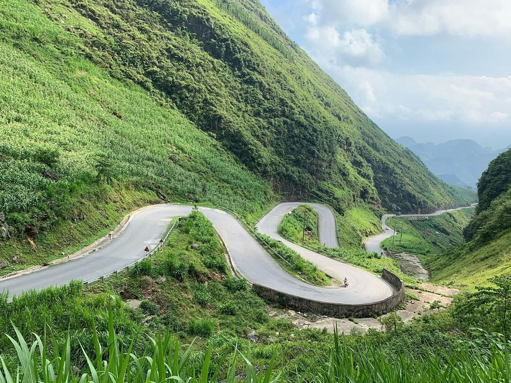 top breath taking curves in vietnam