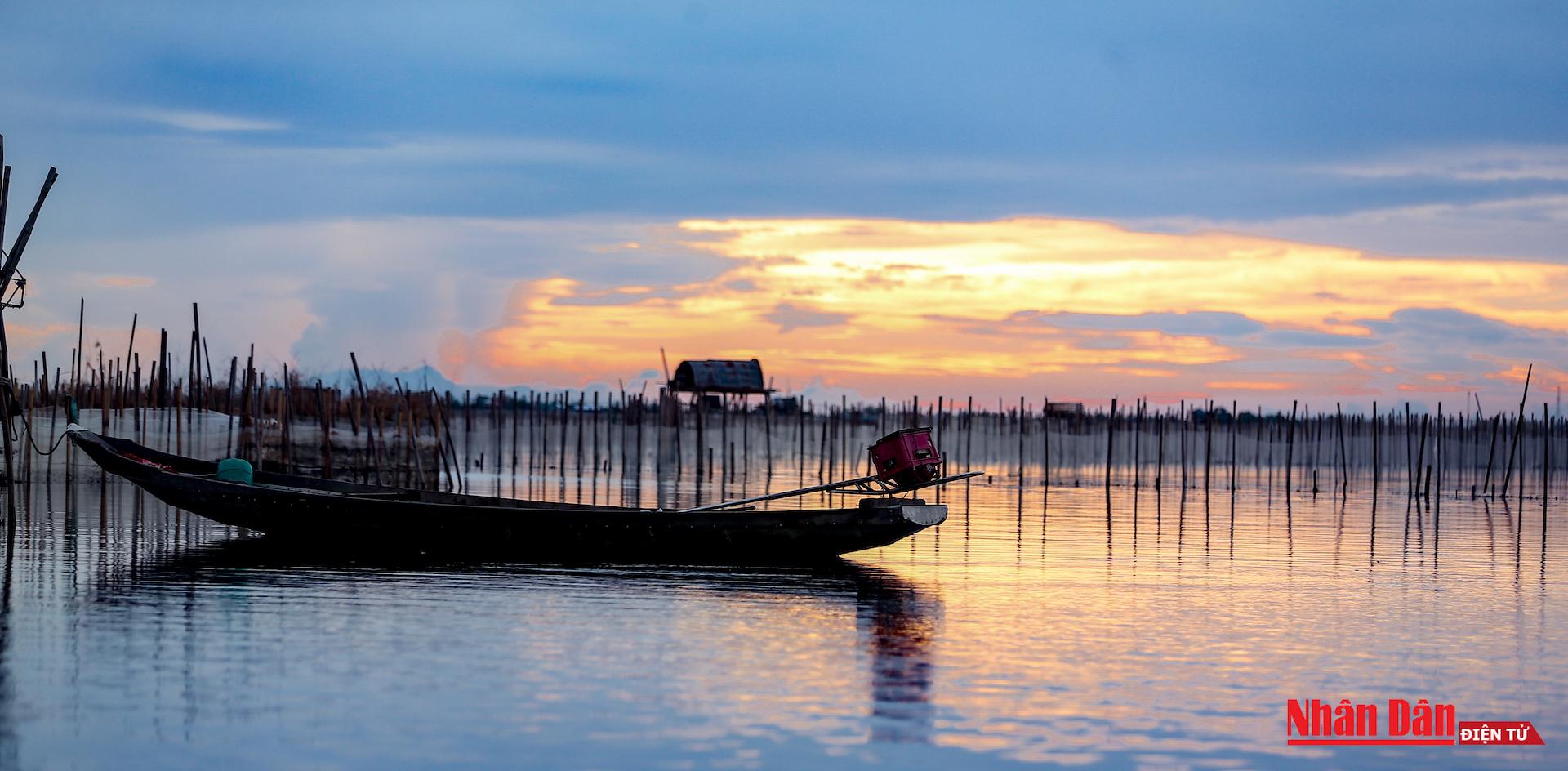 glamorous sunset at tam giang lagoon central vietnam