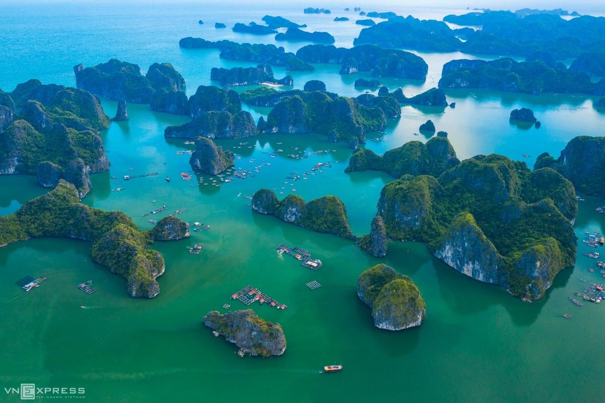 paradisiacal beauty of lan ha bay from bird eye view