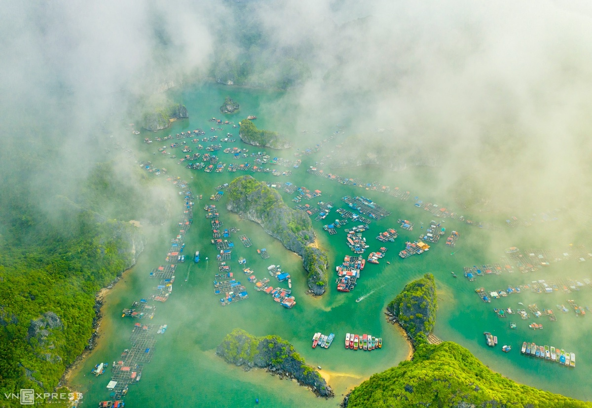 Paradisiacal beauty of Lan Ha Bay from bird-eye view