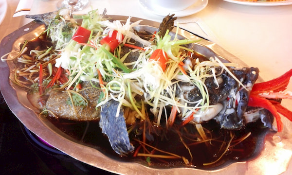 worth try appetizing seafood on cat ba island northern vietnam