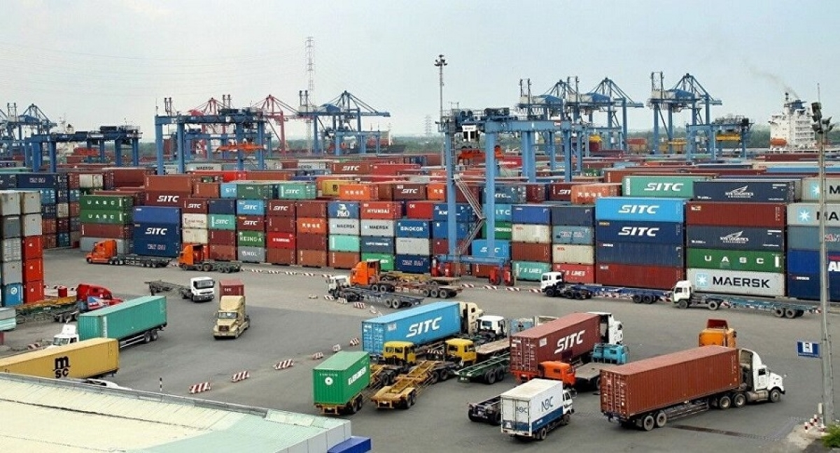 vietnam witnesses record trade surplus in first eight months of 2020