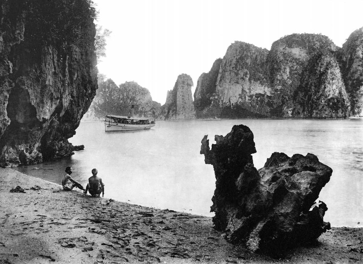 tourist attractions in vietnam 100 years ago through french photographers lens