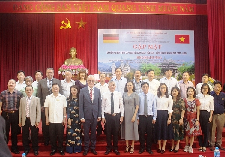 german ambassador hopes to foster cooperation with vietnam
