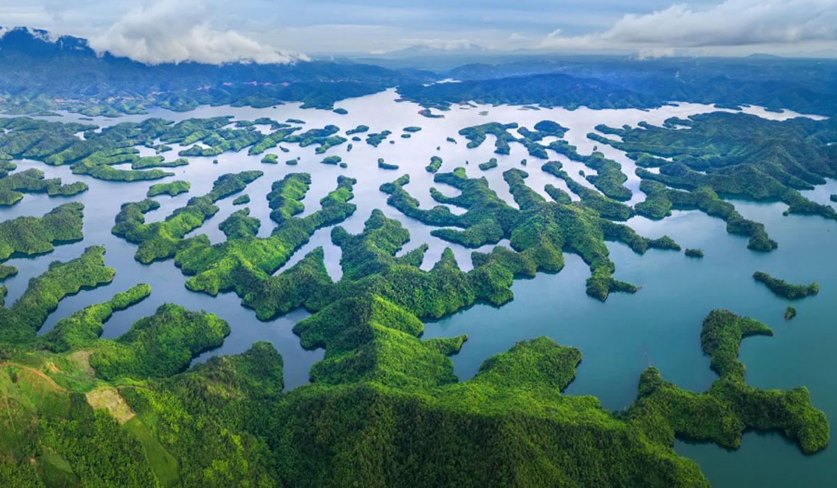 ta dung lake ha long bay of central highlands