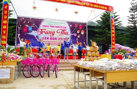 mid autumn festival in ta sin thang