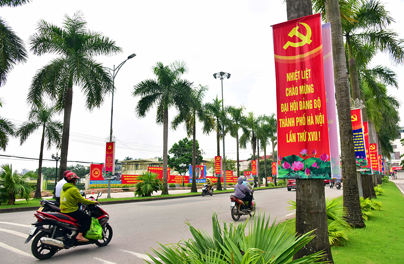 hanoi streets brilliantly decorated to celebrate 1010th anniversary of thang long hanoi