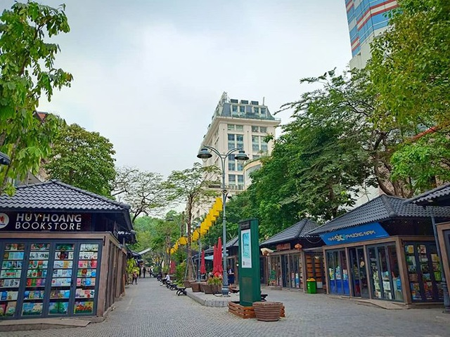 south korea like check in corners in the heart of hanoi