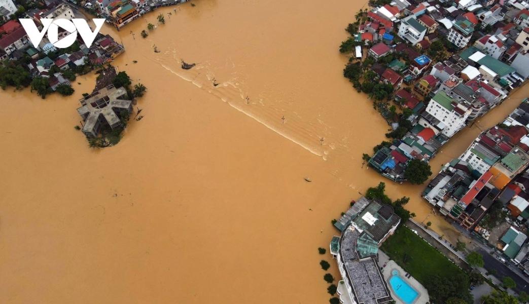 U.S pledges to support Vietnam tackle floods