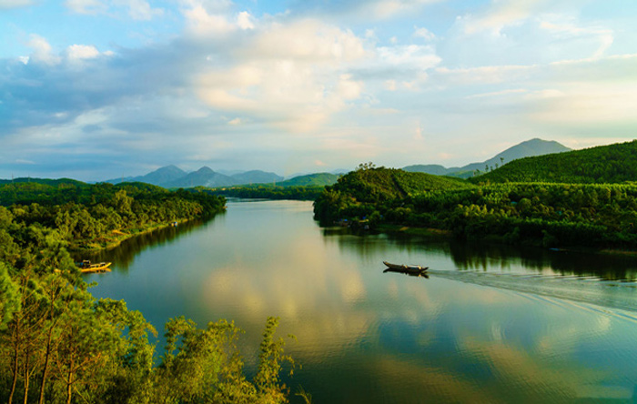 three picturesque hills in hue for serenity seekers