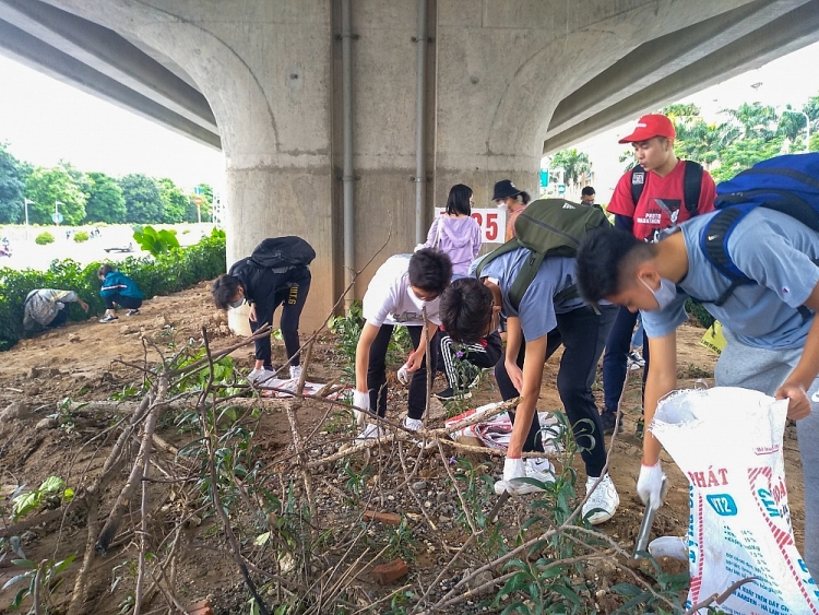 lets do it hanoi launched campaign world cleanup day 2020 for a green capital