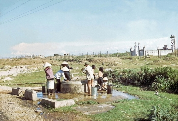 rare color photos of quang tri province in 1960s