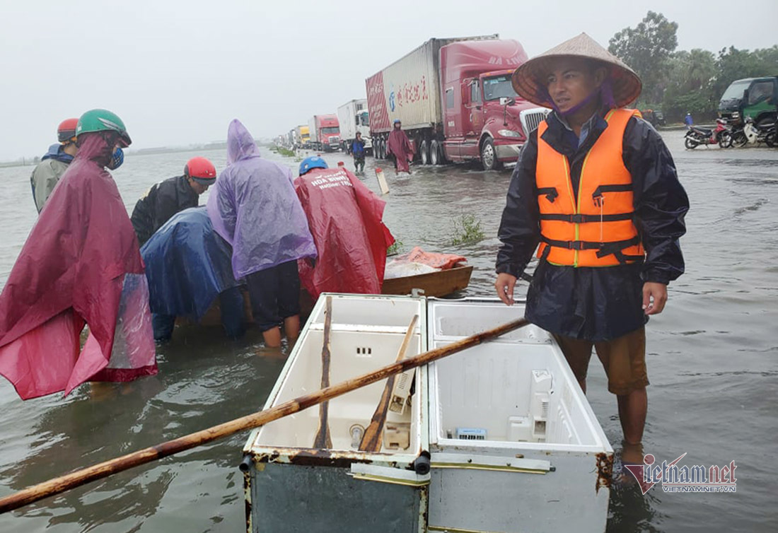 fridges turned into lifeboats during record flooding in central vietnam
