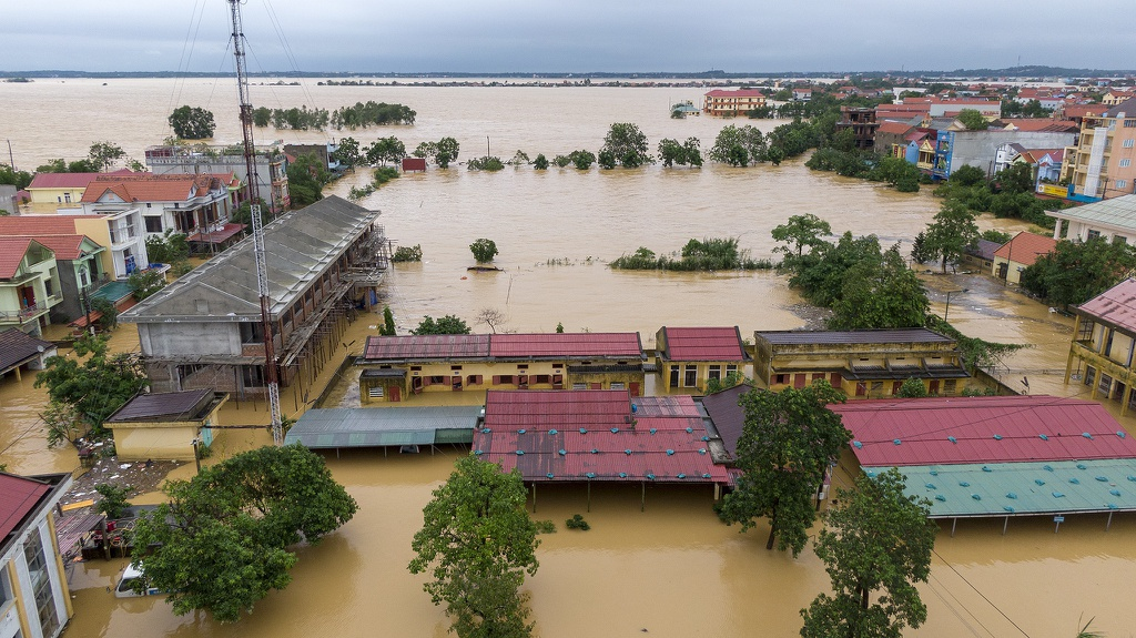 wb natural disasters can sweep away billions of dollars of vietnams economic growth