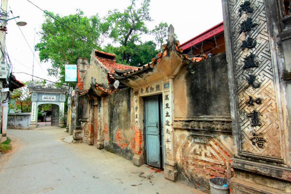 Back in time at Cu Da ancient village in Northern Vietnam