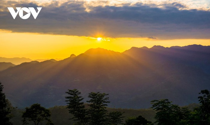 Glorious sunset in Vietnam's mountainous regions