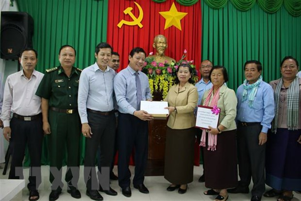 cambodian deputy pm provides financial aid to flood hit central vietnam