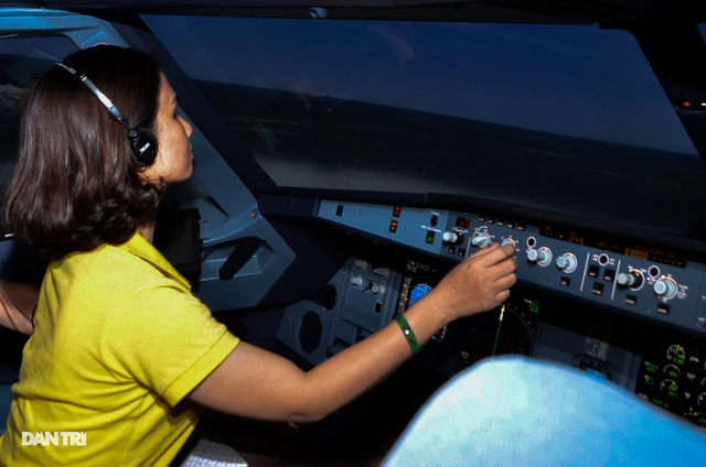 Experiencing of being a pilot in Ho Chi Minh City