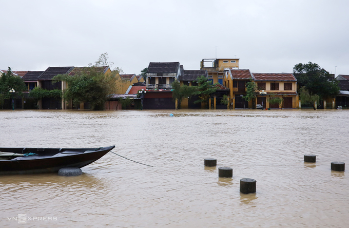hoi an ancient town flooded again after storm etau