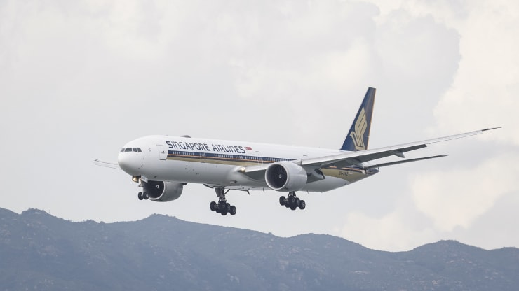 "World's first air ""travel bubble"" to be launched between Singapore and Hong Kong starting Nov.22"