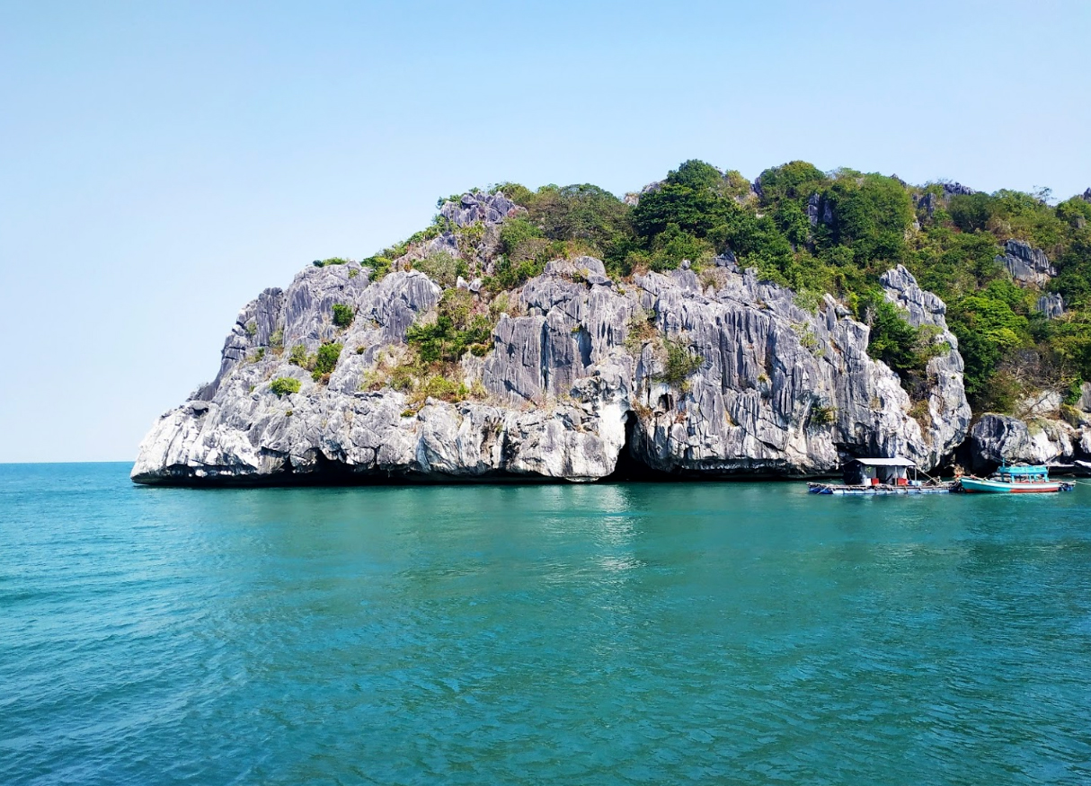 Stunning islands named after fruits in Vietnam