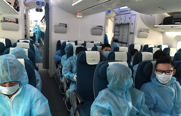 more commercial flights bring vietnamese citizens home starting dec 1
