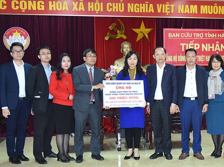 vietnamese community in us donates for flood victims in ha tinh