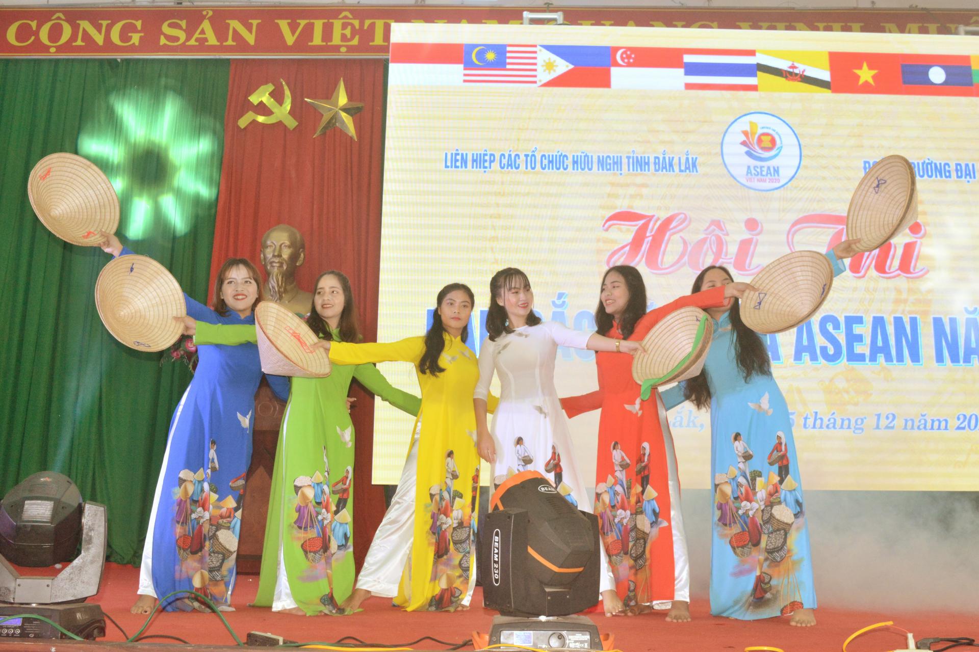 asean cultural identity contest 2020 held in dak lak