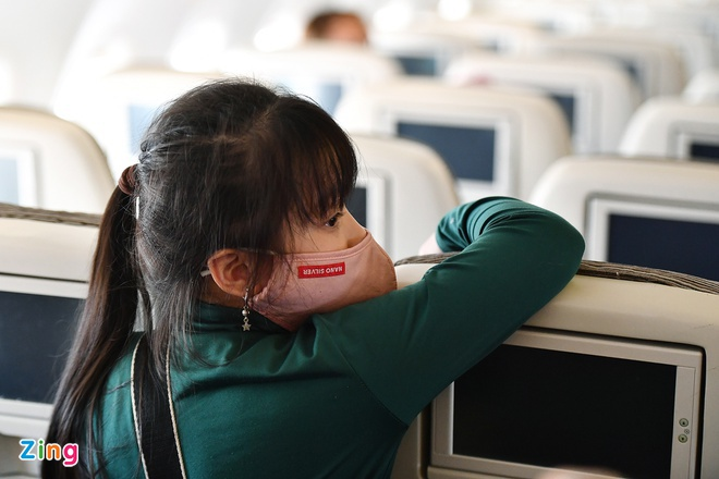 Passengers not wearing face masks on Vietnamese airlines to be heavily fined
