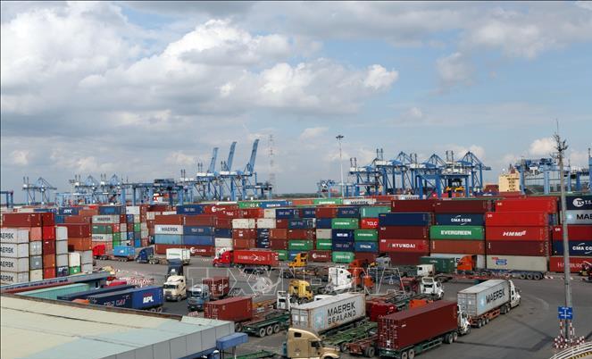 exports highlight of vietnamese economy amidst covid 19