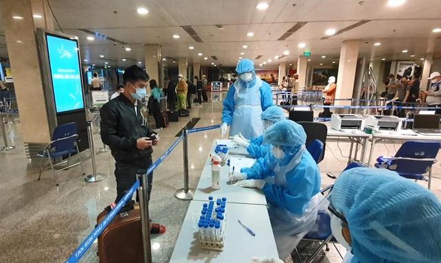 Three Vietnamese airports granted international heath accreditation for Covid-19 preventive measures