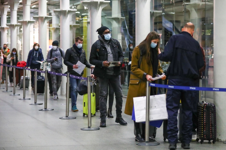 world covid 19 updates uk to widen lockdowns as new virus strain from south africa detected virus from thailands samut sakhon hotspot spreads to 22 provinces