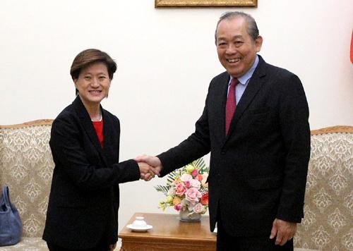 Deputy PM hopes for stronger Vietnam Singapore cooperation
