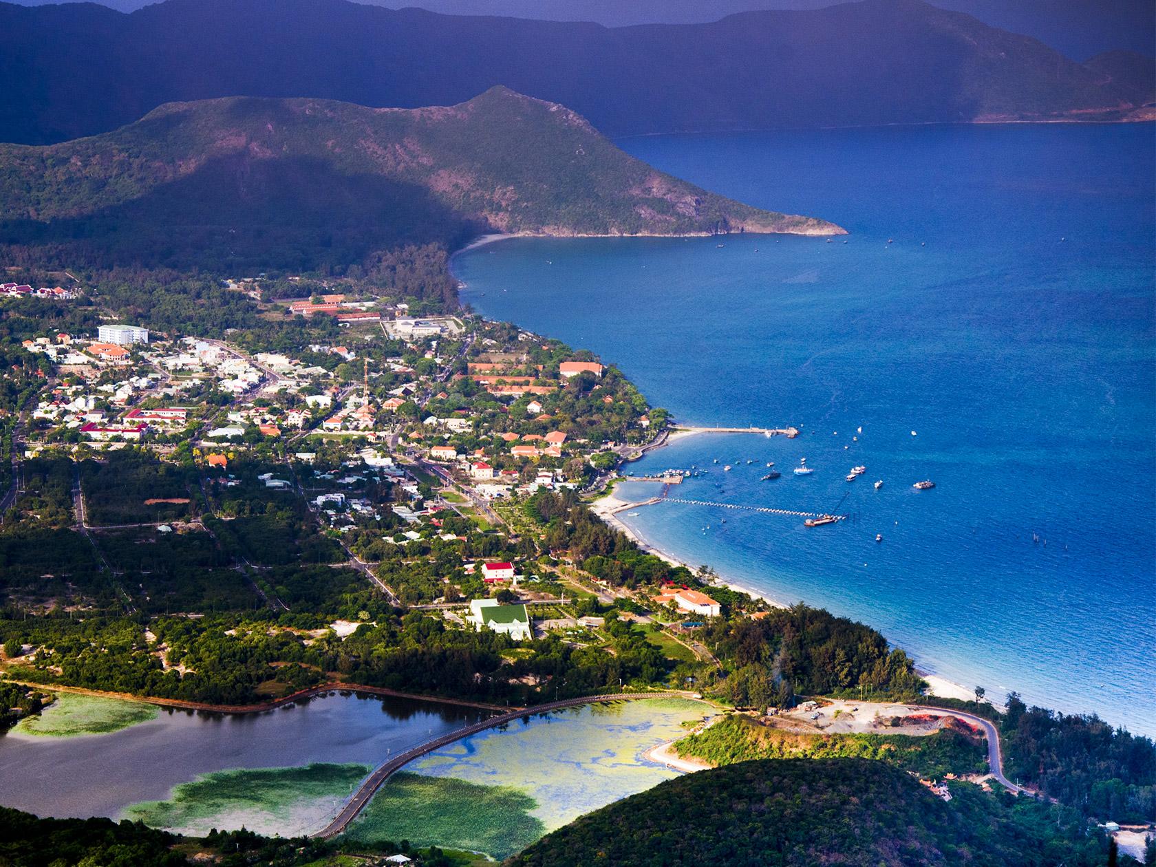 nyt praises vietnams con dao islands a tropical paradise