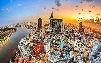 vietnam one of the few countries to record positive gdp growth in 2020