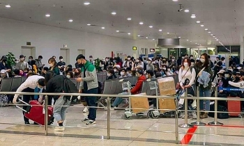 Vietnam PM warns Covid-19 contagion risk due to high number of inbound travelers