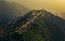 mesmerizing scenes of terraced field village northwest vietnam