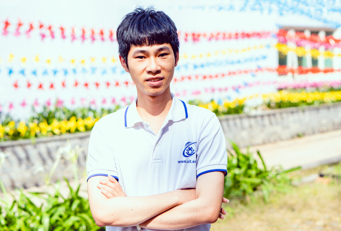 first vietnamese candidate earning a high award at american mathematics olympiads