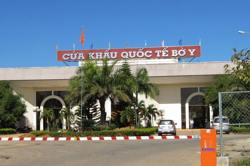 covid 19 new entry exit regulations between vietnam and laos