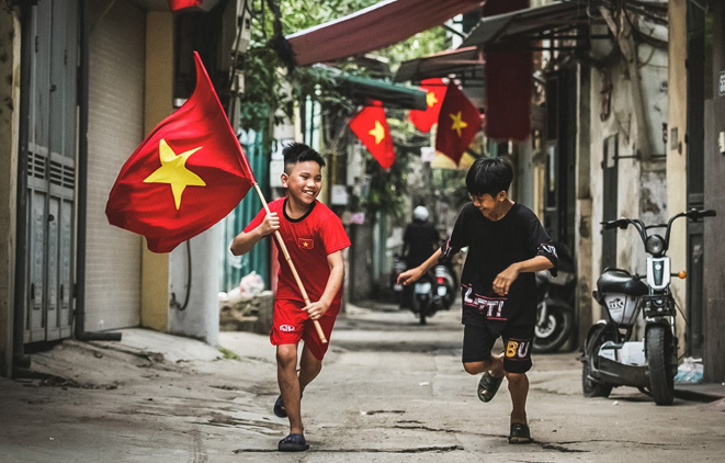 hanoi streets vibrant series of activities take place in welcoming national reunification day