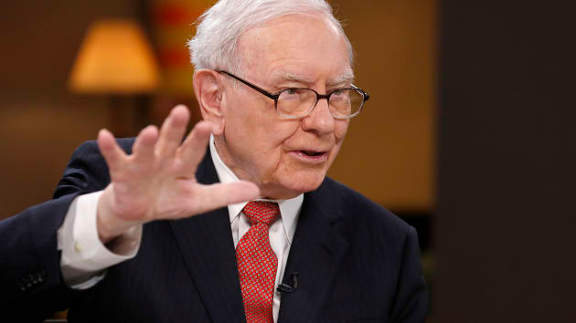 stock market today us stocks tumbled as warren buffett sells all his stakes in us airlines