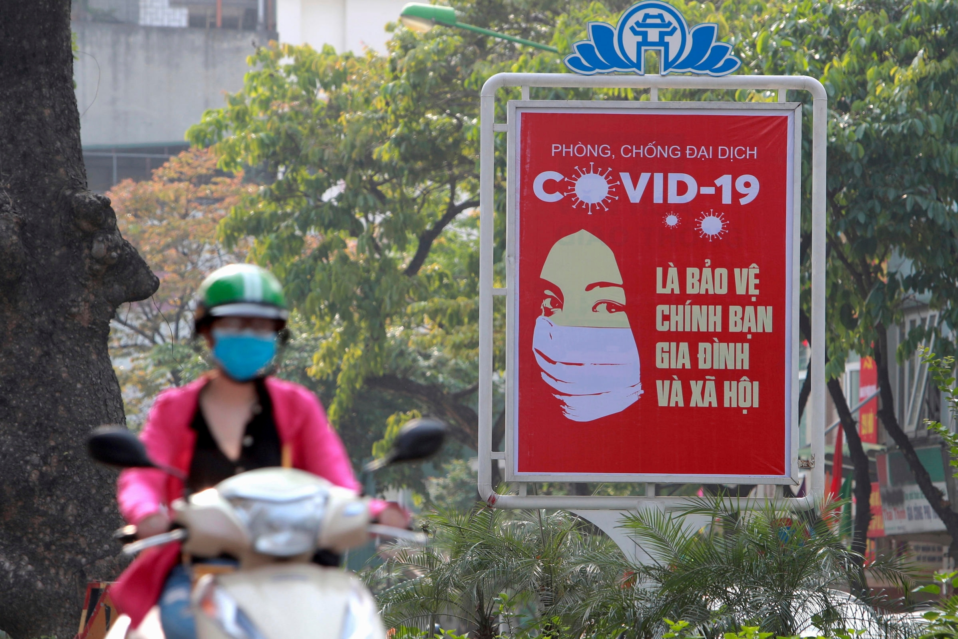 Vietnam News Today: Continue to bring stranded Vietnamese abroad home