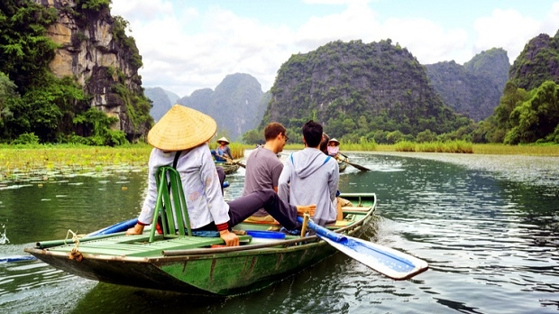 vietnam initiates new program to promote domestic tourism