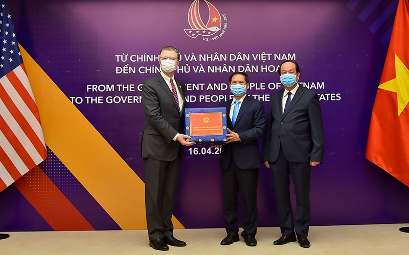 us center for disease control pledges a us 39 million aid to vietnams covid 19 fight