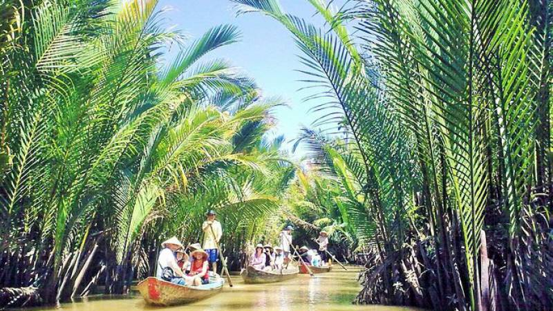 Vietnam's tourism signals readiness to welcome foreign arrivals, unmissable tours for this summer